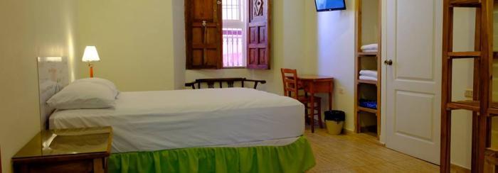 Hoteles en Santa Ana, El Salvador. Hostal Casa Verde
