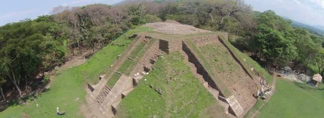 sitio arqueológico cihuatan, el salvador