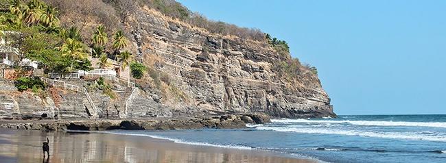 el zonte, playa para surf, el salvador