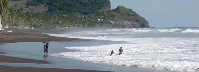 mizata, playa para surf, el salvador