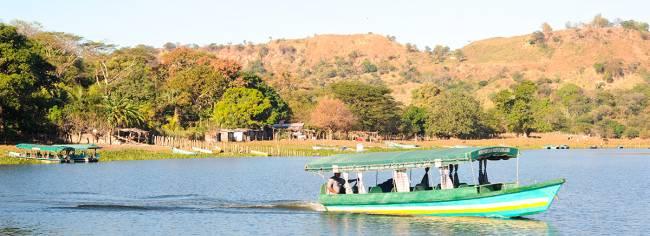 lago de suchitlan, el salvador
